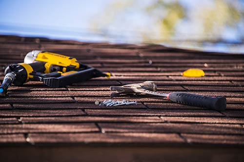 How To Find The Right Roofing Contractor For Your Project
